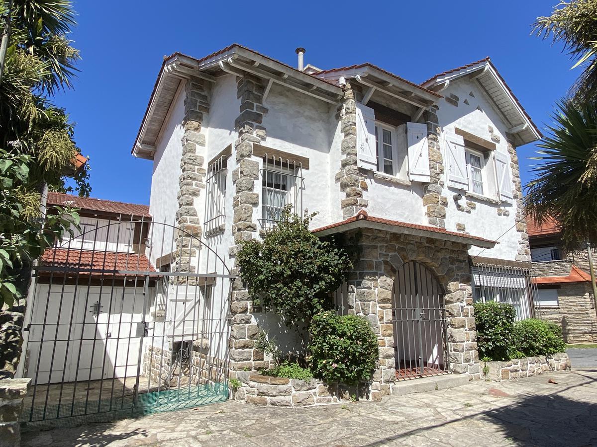 Foto Casa en Venta en  Playa Grande,  Mar Del Plata  Alem esquina Rawson
