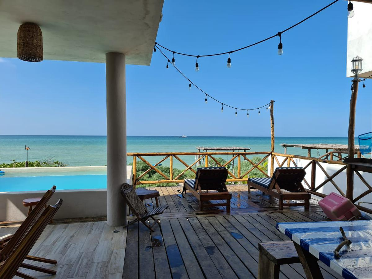Foto Casa en Renta temporal en  Pueblo Chicxulub Puerto,  Progreso  Casa en la playa- frente al mar- San bruno
