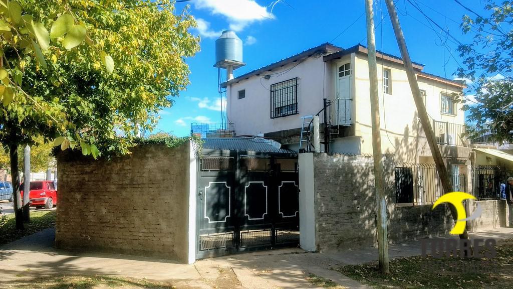 Foto Casa en Venta en  Grand Bourg,  Malvinas Argentinas  Francisco Segui al 800