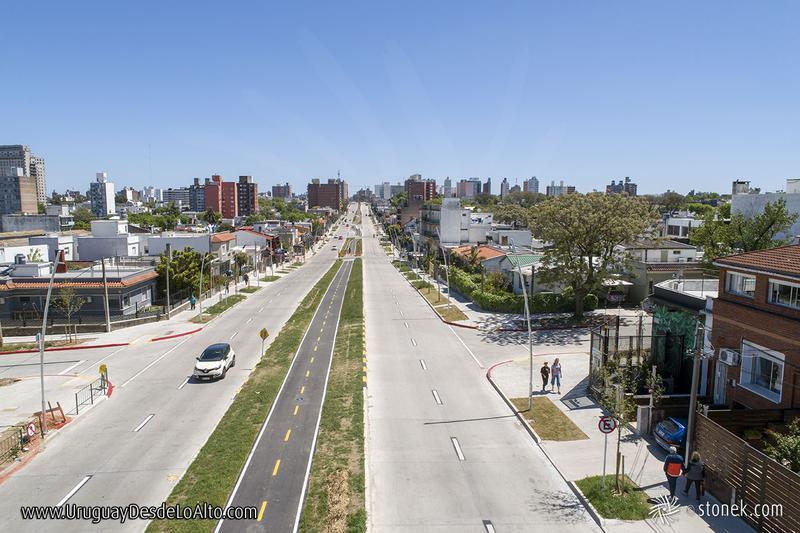 Foto Terreno en Venta en  La Blanqueada ,  Montevideo  Terreno para Proyecto VIS en zona blanca