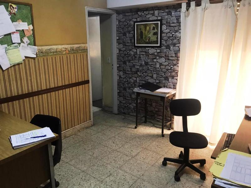 Foto Departamento en Venta en  Lomas de Zamora Oeste,  Lomas De Zamora  Azara 420