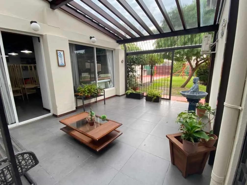 Foto Casa en Alquiler en  Lezica ,  Montevideo  Lezica