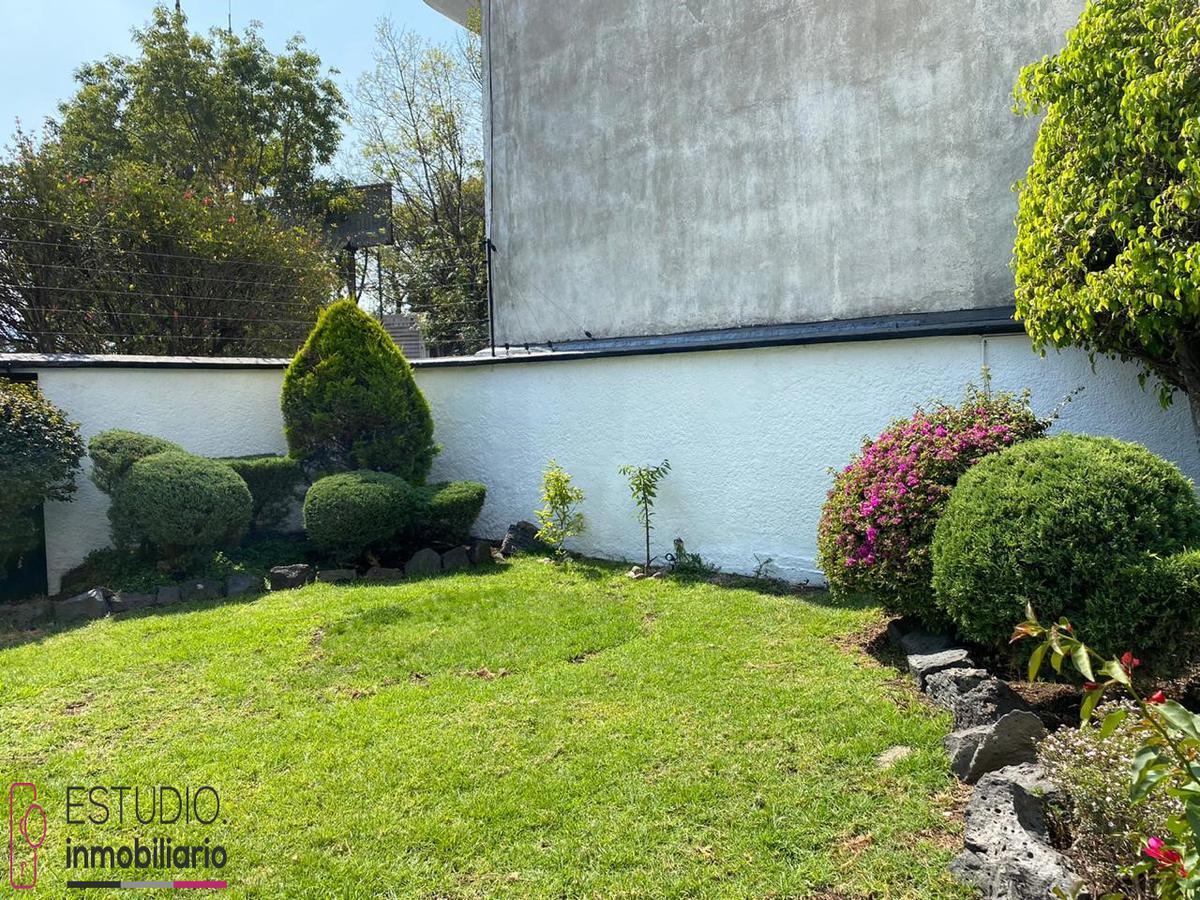 Foto Casa en Renta en  La Herradura,  Huixquilucan  CASA EN RENTA LA HERRADURA . paseo de la herradura, calefacción, jardín.