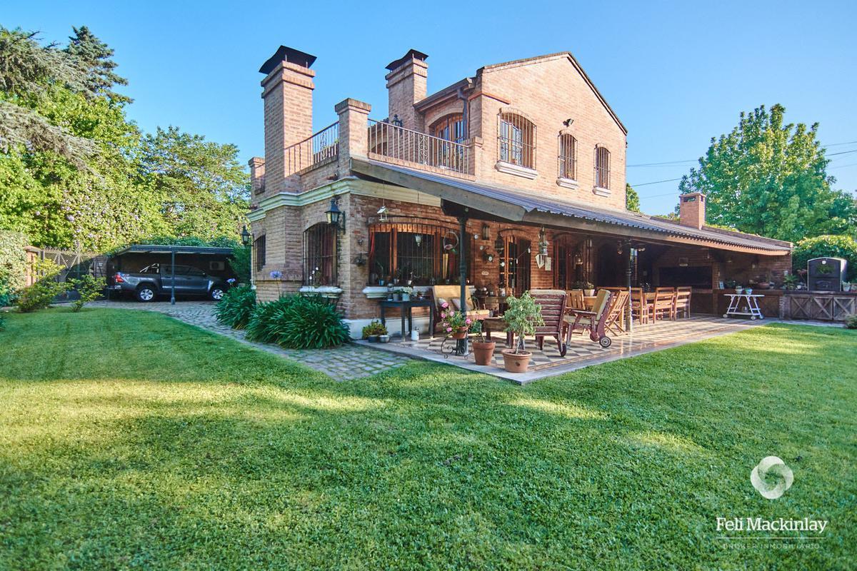 Foto Casa en Venta en  Bella Vista,  San Miguel  CASA EN BARRIO CERRADO SOBRE LOTE DE 836M2