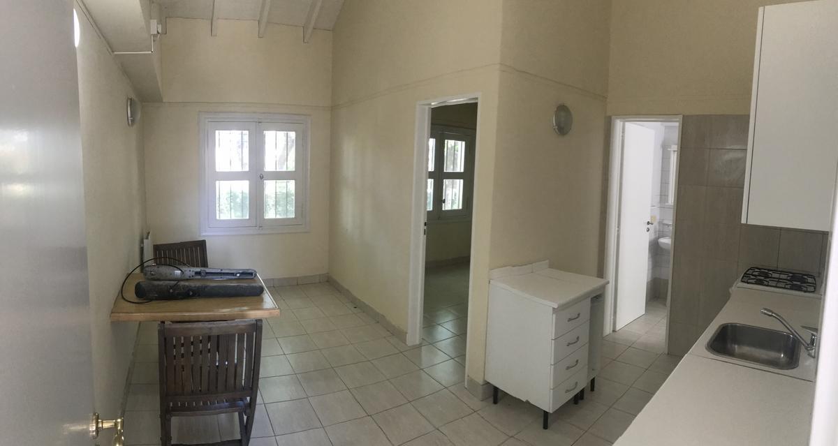 Foto Casa en Alquiler en  Parque Aguirre,  Acassuso  Eduardo Costa al 400