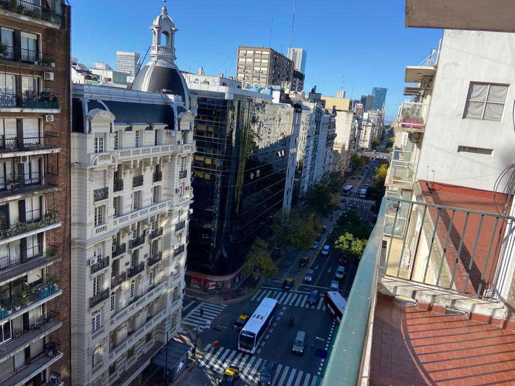 Foto Departamento en Alquiler en  Barrio Norte ,  Capital Federal  Av cordoba al 1300