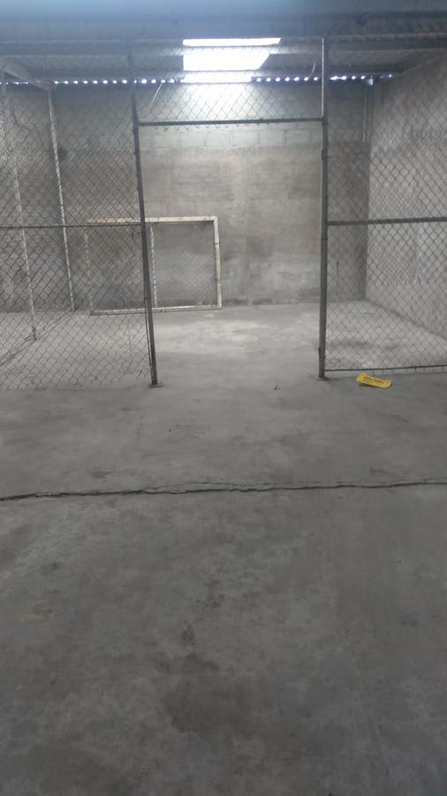 Foto Bodega Industrial en Venta | Renta en  Toluca ,  Edo. de México  SAN LORENZO TEPALTITLAN