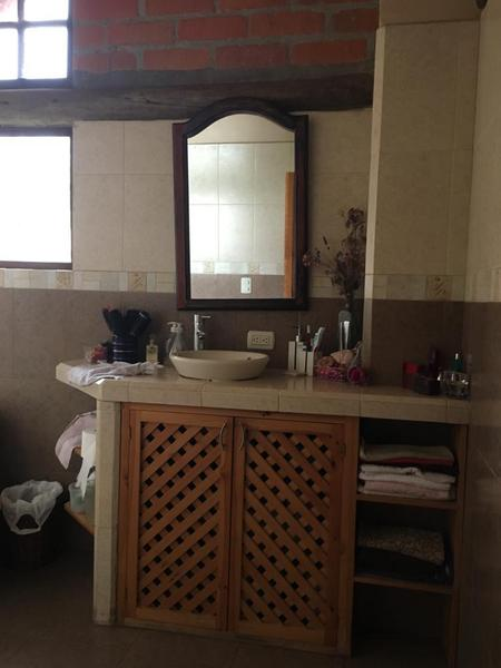 Picture House in Sale in  Baños,  Cuenca  Narancay