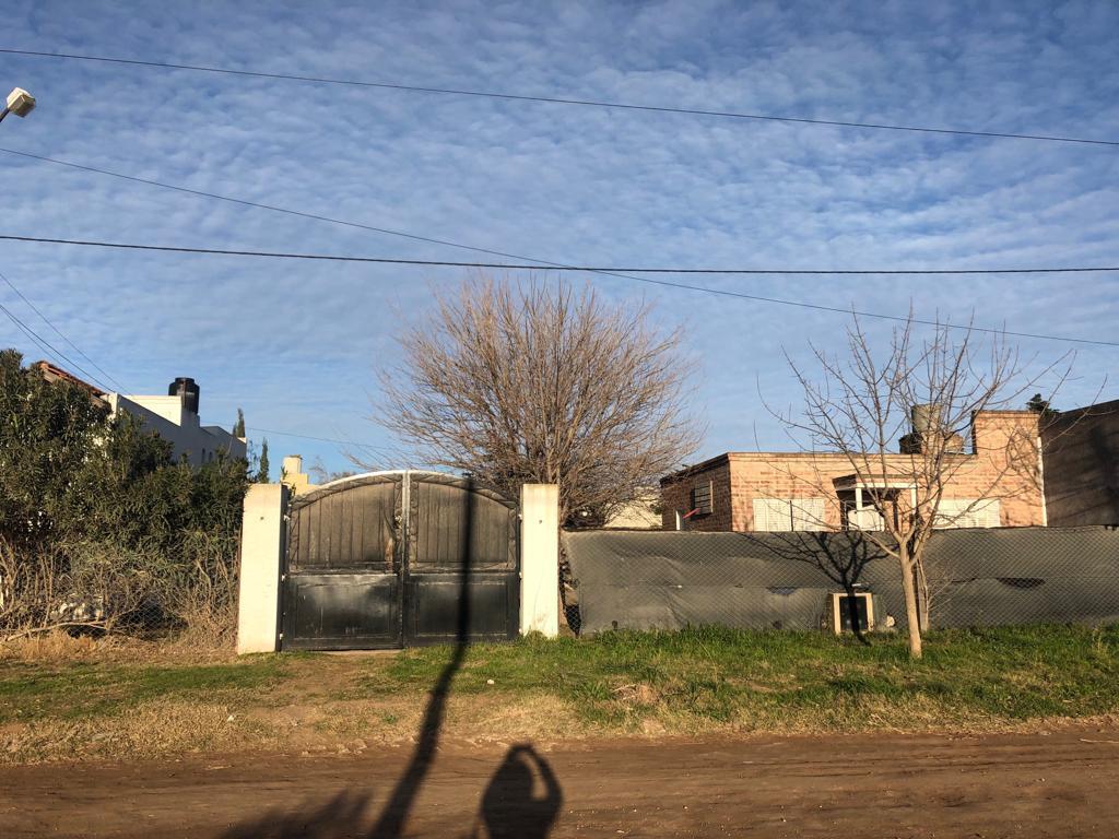 Foto Terreno en Venta en  Bahia Blanca,  Bahia Blanca  Urtazun al 1600