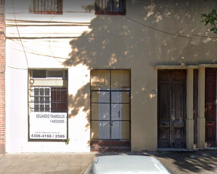 Foto Local en Alquiler en  Parque Patricios ,  Capital Federal  velez sarfield al 100
