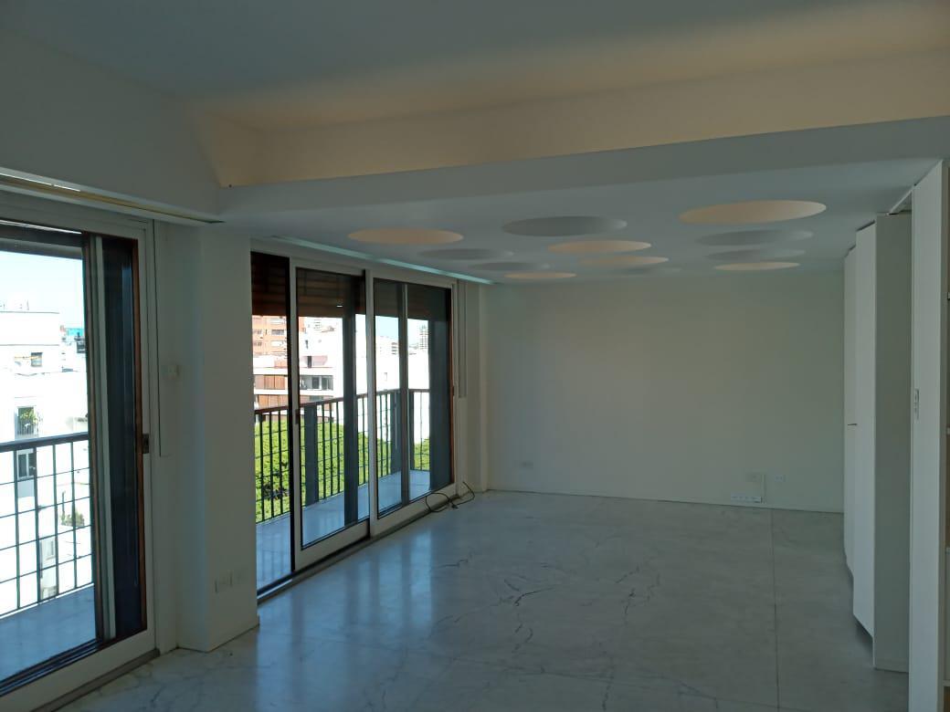 Foto Departamento en Venta en  Belgrano ,  Capital Federal  Departamento de 4 Ambientes  de 150 m2  C/ Dependencia y  Cochera.  Edificio de  Categoria. Excelente Zona. Teodoro Garcia 2100.