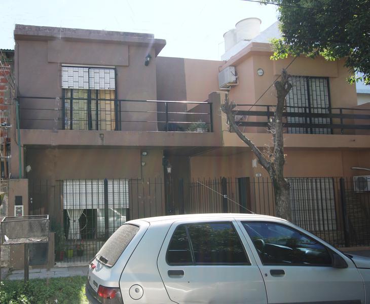 Foto Casa en Venta en  Mart.-Fleming/Panam.,  Martinez  LIMA al 1300