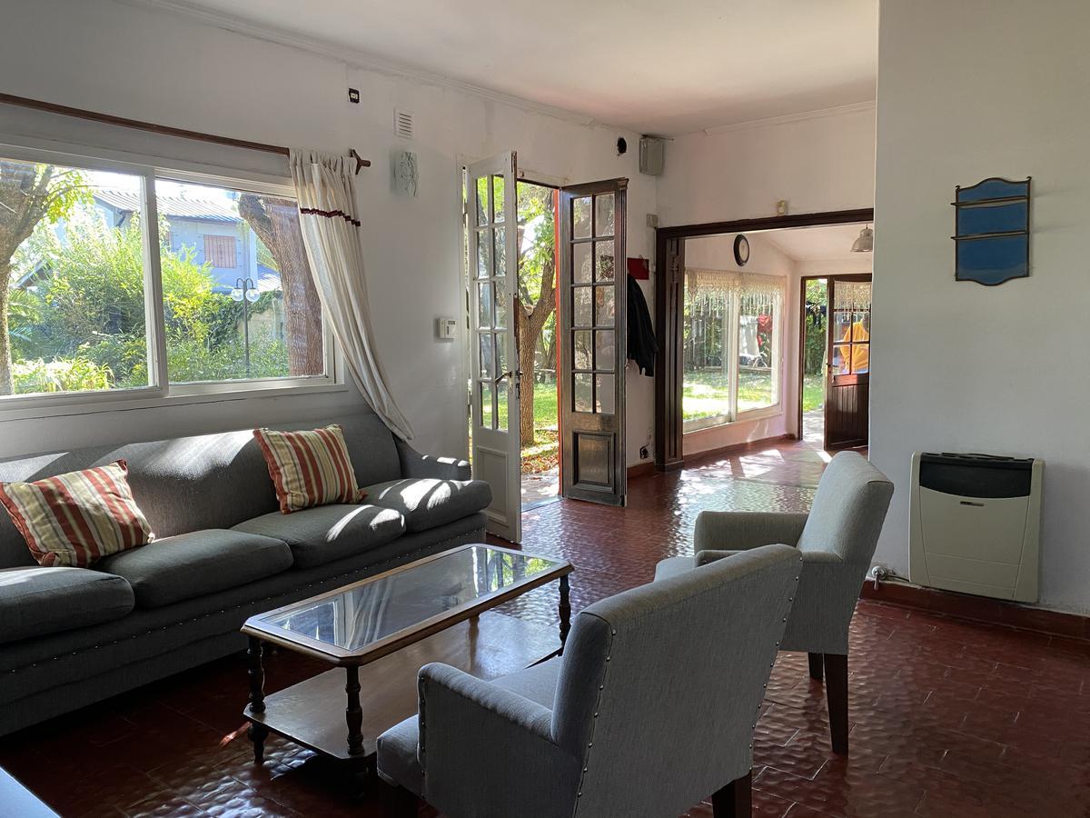 Foto Casa en Venta en  Pilar ,  G.B.A. Zona Norte  Las Azucenas 2800, Pilar.