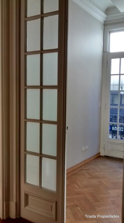 Foto Oficina en Venta en  Centro ,  Capital Federal  Cordoba al 600