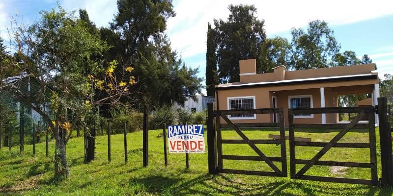Foto Casa en Alquiler en  Gualeguaychu ,  Entre Rios  Las Acacias Nº 5478