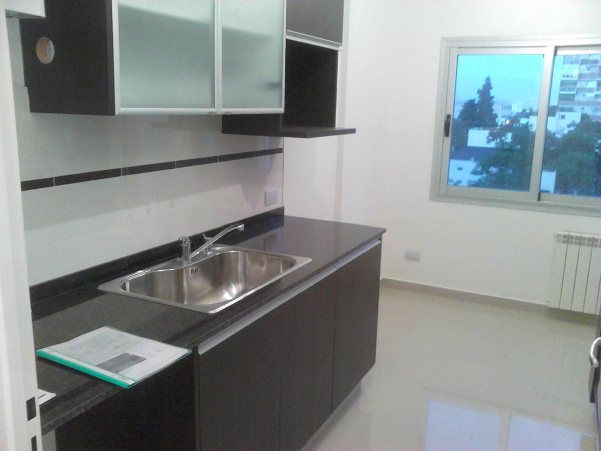 Foto Departamento en Venta en  Ramos Mejia,  La Matanza  Ardoino 364 1º B Torre A