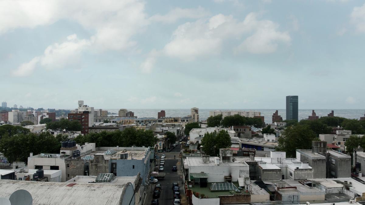 Foto Local en Venta en  Cordón ,  Montevideo  Lorenzo Carnelli y Canelones