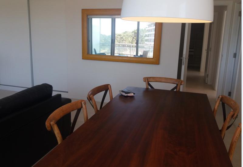 Foto Departamento en Alquiler temporario   Alquiler en  Playa Brava,  Punta del Este  Ocean Drive  torre 2