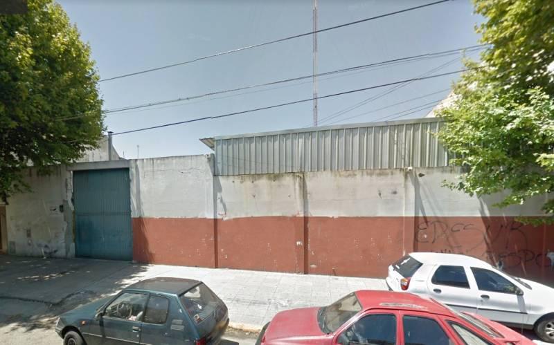 Foto Terreno en Venta en  Avellaneda ,  G.B.A. Zona Sur  Maipú al 200
