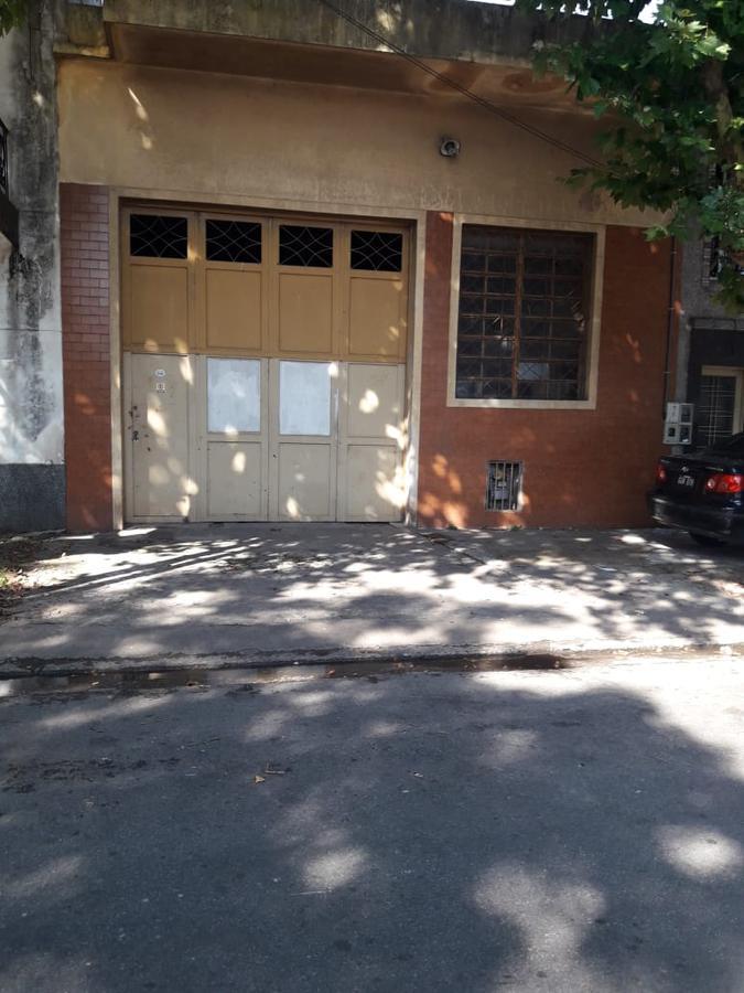 Foto Galpón en Venta en  Avellaneda,  Avellaneda  Bransen al 2100