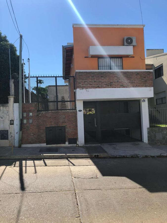Foto Casa en Venta en  Concordia ,  Entre Rios  RIVADAVIA al 1100