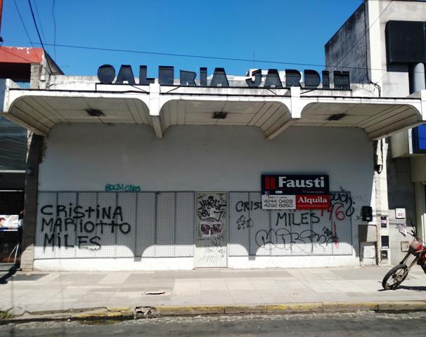 Foto Local en Alquiler en  Lomas de Zamora Oeste,  Lomas De Zamora  Gorriti N° al 100