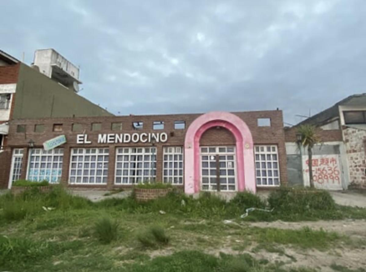 Foto Terreno en Venta en  P.Mogotes,  Mar Del Plata  Mario Bravo 1218  entre Darragueyra y Colombres