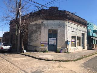 Foto Local en Venta en  Concordia,  Concordia  Las Heras y Brown (esquina suroeste)