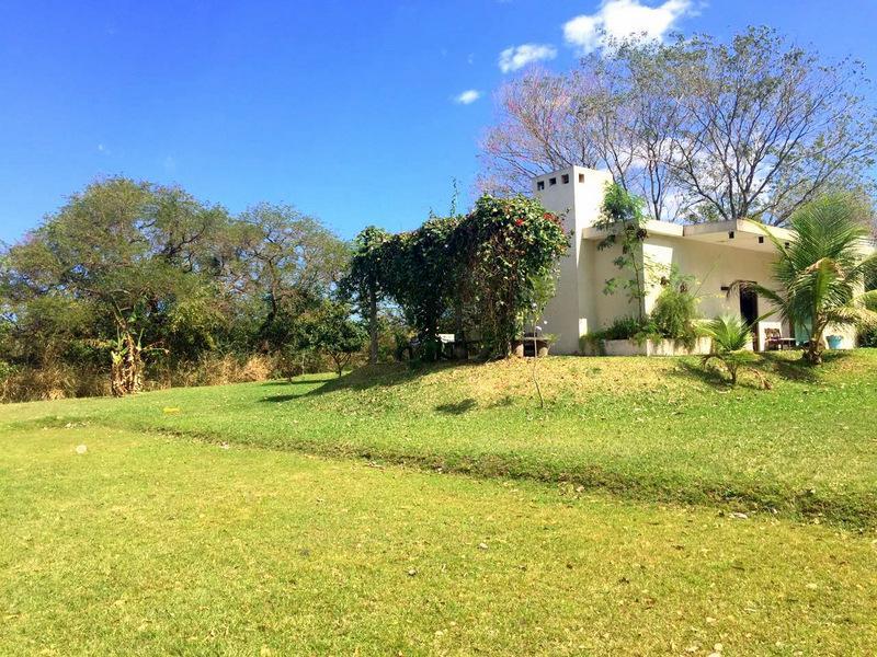 Foto Quinta en Venta en  Mariano Roque Alonso,  Mariano Roque Alonso  Barrio Cerrado Surubi'i