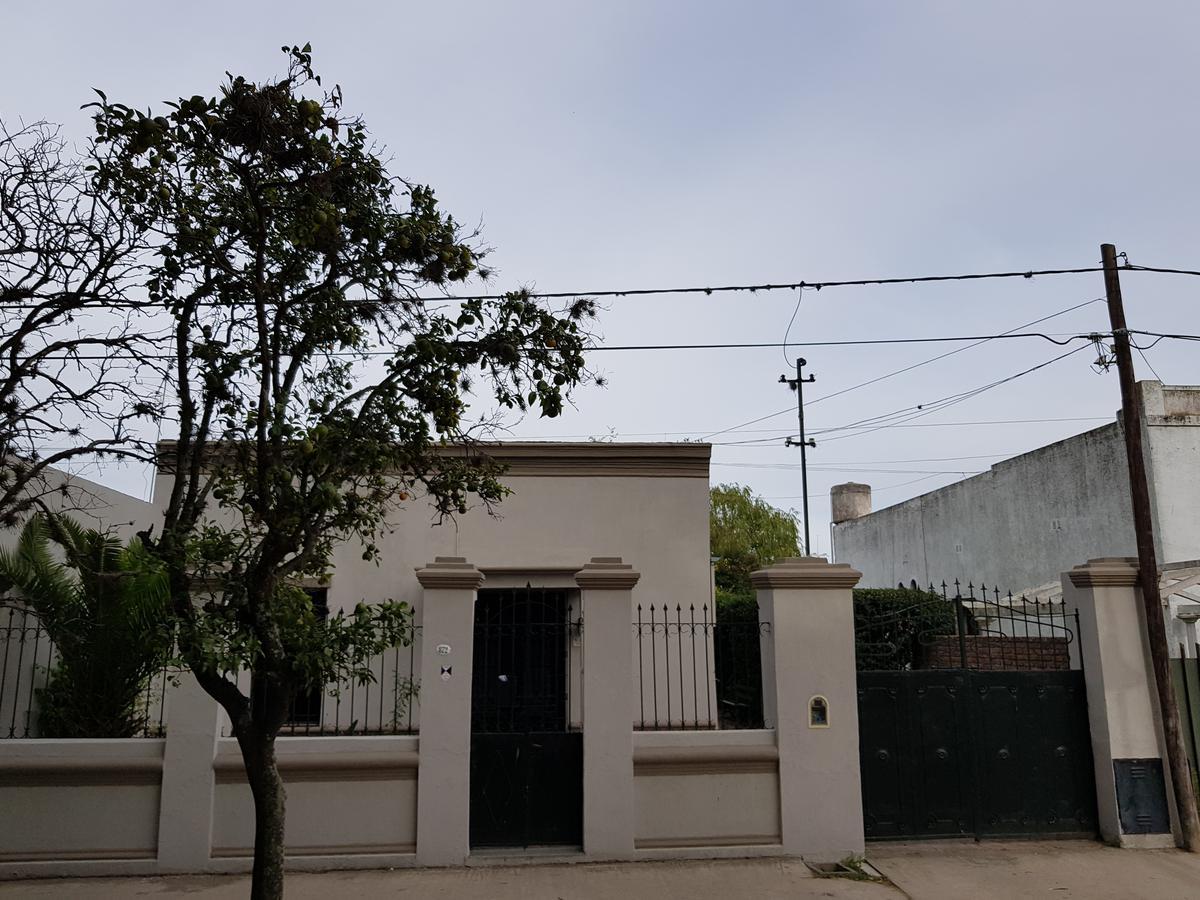 Foto Casa en Venta en  Capilla Del Señor,  Exaltacion De La Cruz   Casa Antigua en el casco urbano