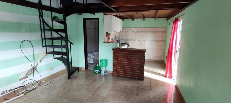 Foto PH en Venta en  Lanús ,  G.B.A. Zona Sur  Terranova al 300