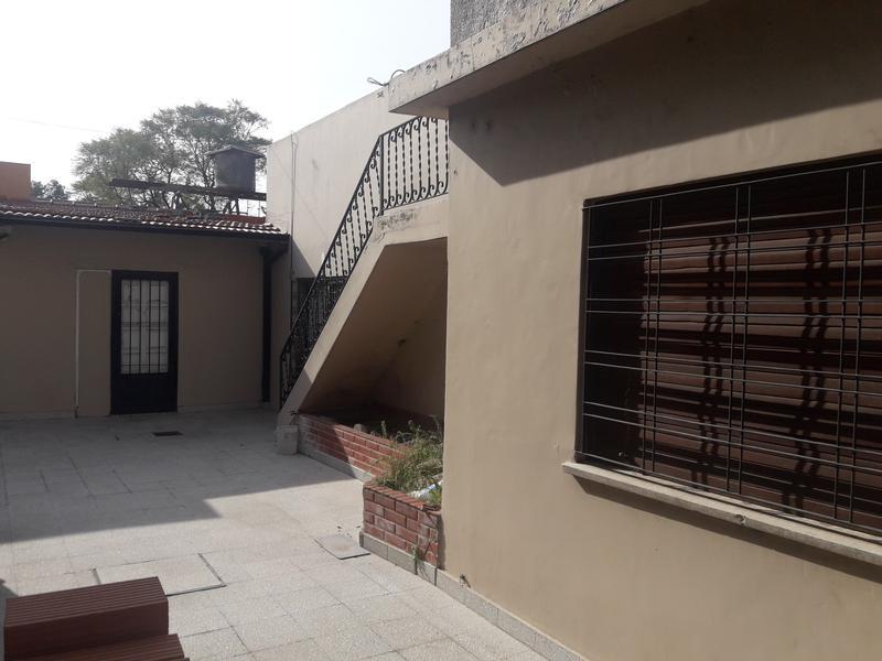 Foto Casa en Alquiler en  Lomas De Zamora ,  G.B.A. Zona Sur  CONSTITUCION 541