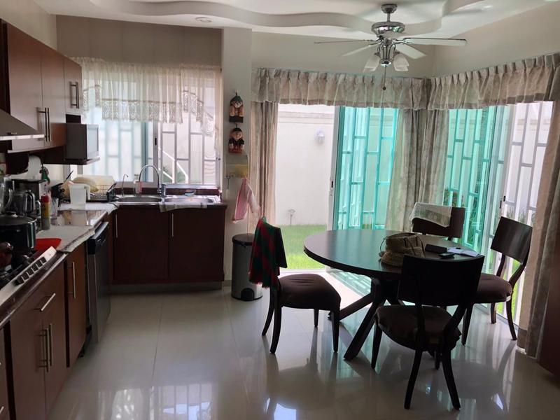 Foto Casa en Venta en  Boca del Río ,  Veracruz  Venta Residencia Semi Nueva Boca del Río, Ver (Costa de Oro)