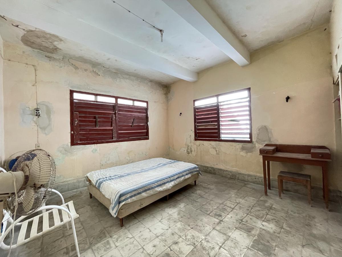 Foto Casa en Venta en  Progreso de Castro Centro,  Progreso  CASA COLONIAL EN VENTA SOBRE AVENIDA, Playa Progreso.
