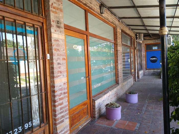 Foto Local en Venta | Alquiler en  Las Lomas-San Isidro,  Las Lomas de San Isidro  BILLINGHURST al 400