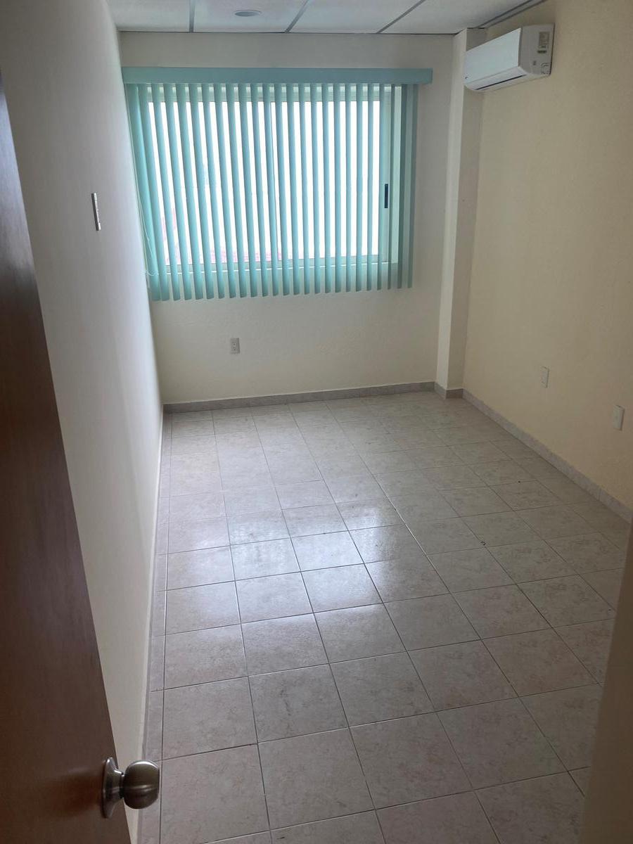 Foto Departamento en Renta en  Costa Verde,  Boca del Río  Departamento Semiamueblado en Blvd Adolfo Ruiz Cortines, Fracc. Costa Verde