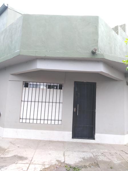 Foto Departamento en Alquiler en  Campana ,  G.B.A. Zona Norte  Modarelli y Jujuy