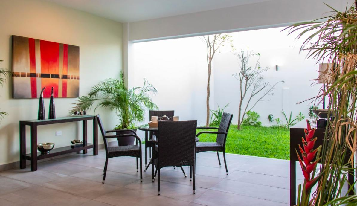 Foto Casa en Renta | Venta en  Mérida ,  Yucatán  Venta ò Rento casa de lujo en Temozòn Norte