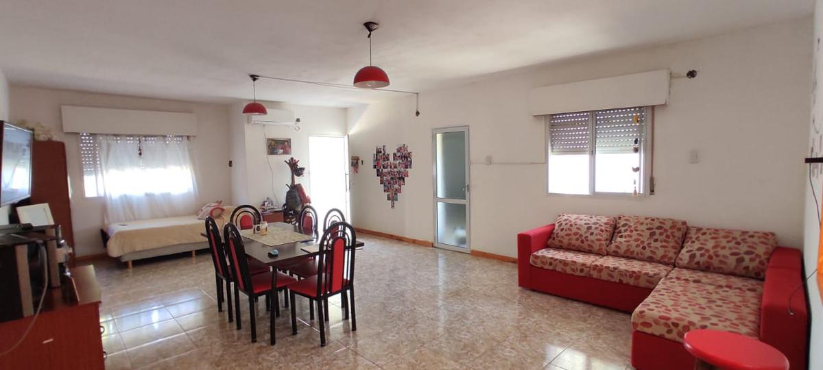 Foto Departamento en Alquiler en  Gualeguaychu,  Gualeguaychu  San Juan Nº 1929 / casa Nº 9 (calle interna)