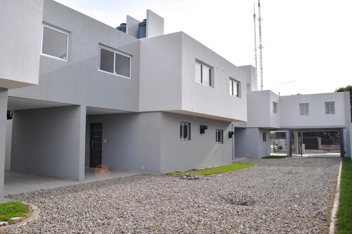 Foto Casa en Venta en  Marq.De Sobremonte,  Cordoba Capital  Diego Díaz al 700