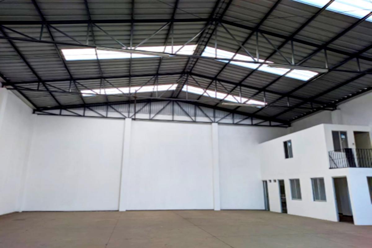 Foto Bodega Industrial en Renta en  Puebla ,  Puebla  SE RENTA BODEGA EN 25 SUR