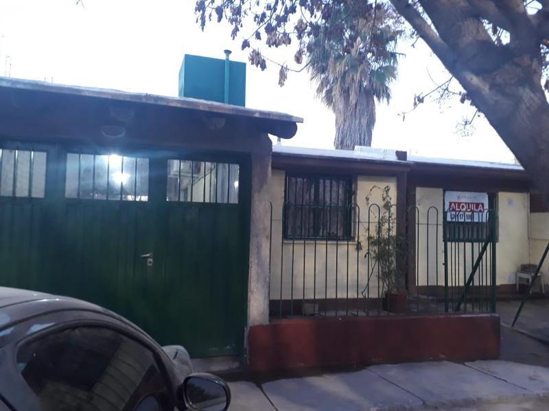 Foto Casa en Alquiler en  Carrodilla La Puntilla,  Lujan De Cuyo  Barrio Los Ventisqueros, calle Rio Limay