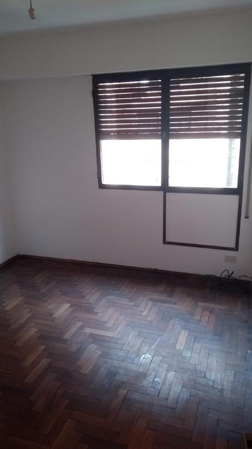 Foto Departamento en Alquiler en  Guemes,  Cordoba Capital  Guemes - Pje E. Garzon al 400