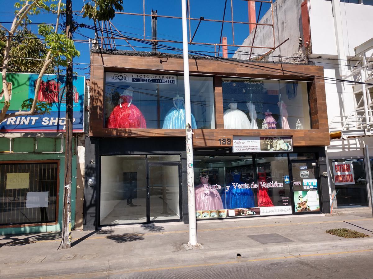 Foto Local en Renta en  Centro,  Culiacán  Local Ave. Obregón Frente Parque Revolución