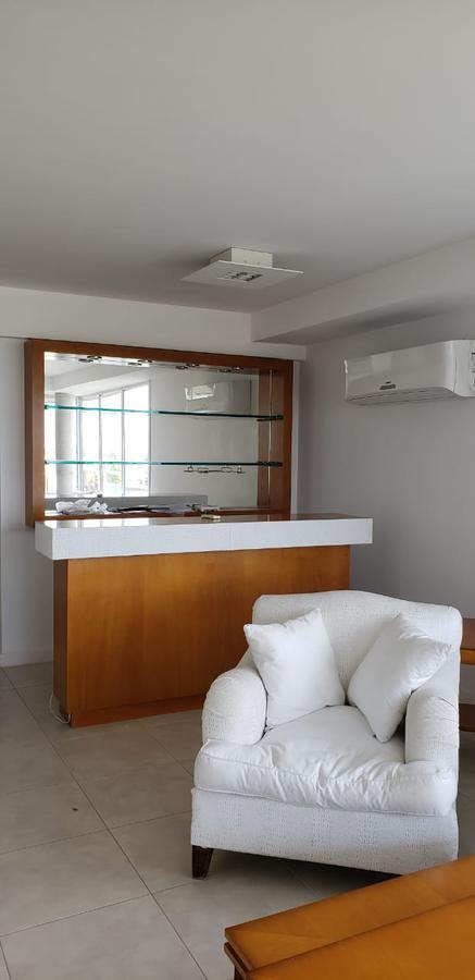 Foto Departamento en Venta en  Ribera,  Islas del Canal  Islas del Canal  Edificio Rivera del CanalTorre 3