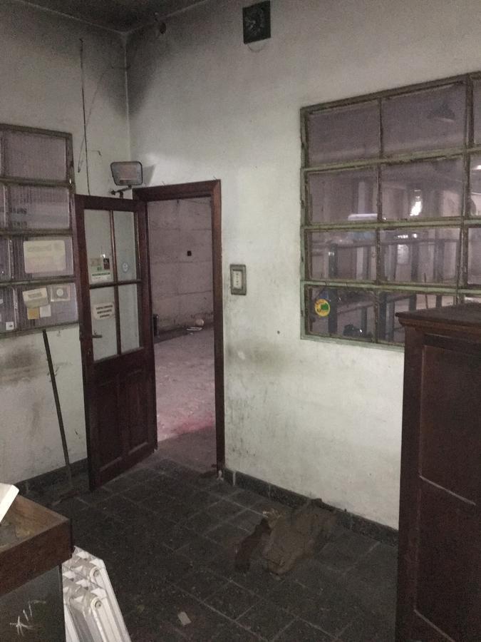 Foto Galpón en Alquiler en  Temperley,  Lomas De Zamora  Alte.Brown al 3800