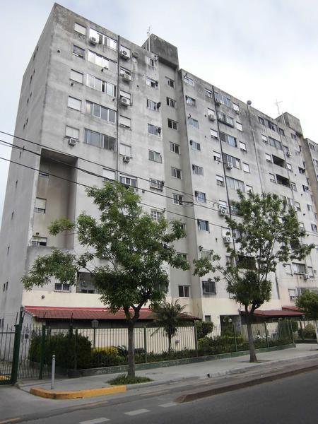 Foto Departamento en Venta en  Boca ,  Capital Federal  Azopardo y Brasil