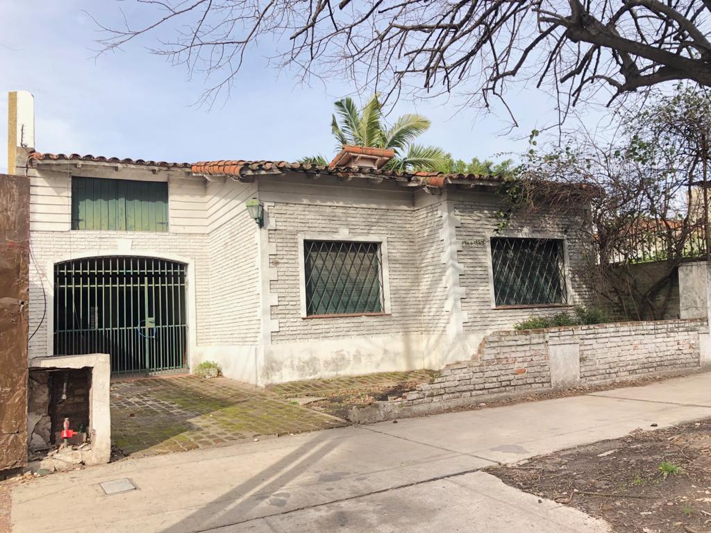 Foto Casa en Alquiler en  Ituzaingó Norte,  Ituzaingó  Olazabal al 600