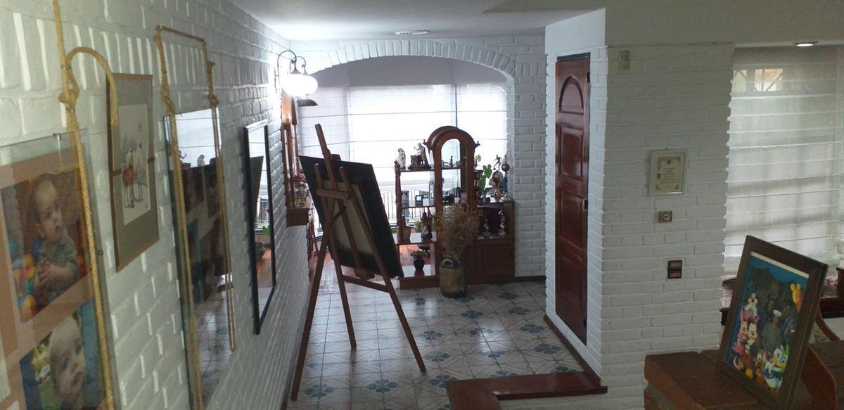 Foto Casa en Venta en  Villa Sarmiento,  Moron  Gral. Francisco Bosch al 400