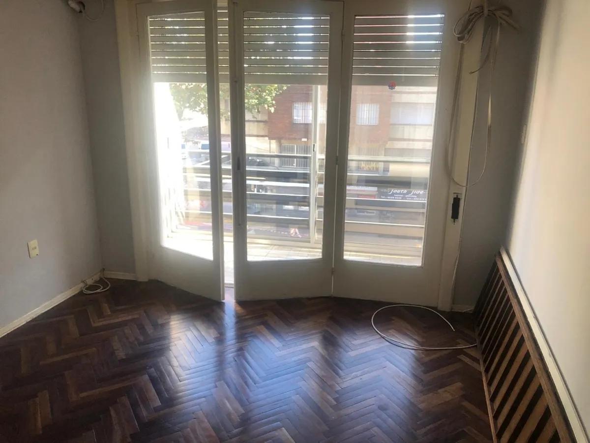 Foto Apartamento en Alquiler en  Pocitos ,  Montevideo  2 dorm - Rivera y Luis A de Herrera